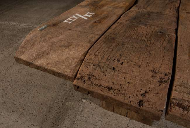 Funen Sea Plank Table IX/XII rustic detail