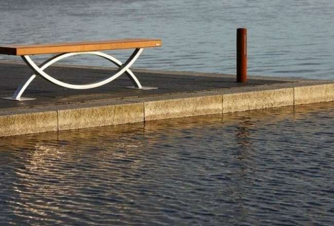 Thors Oftal bench at a harbour