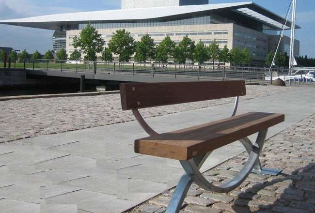 Thors Oftal bench with backrest, CPH Operahus