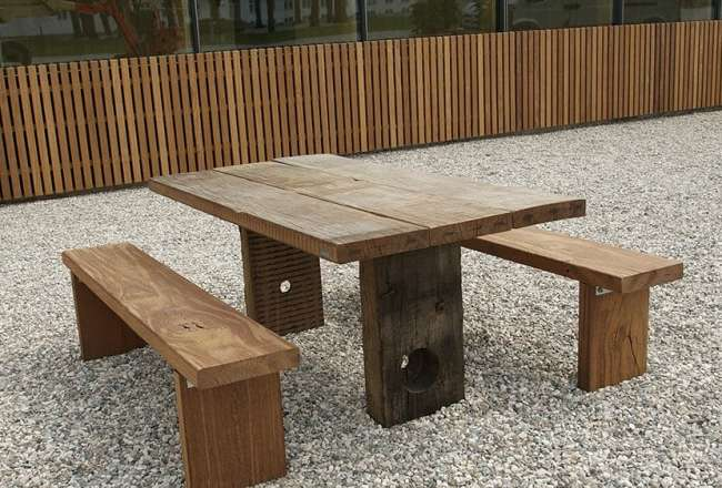 Thors Gaia plank table with two plank benches
