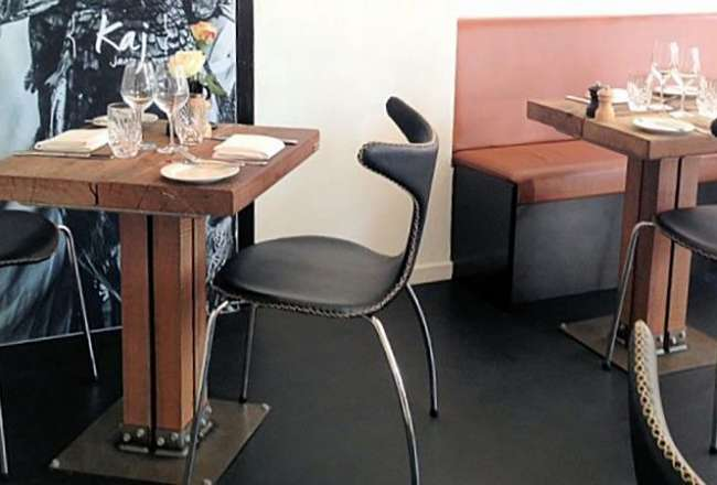 Café tables with a rustic surface and Kvatro legs (60 x 60cm)
