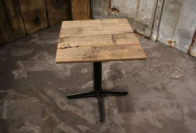 Thors café table light with a rustic surface