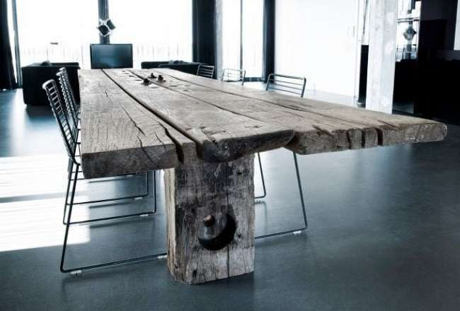Gaia plank table with a rustic surface