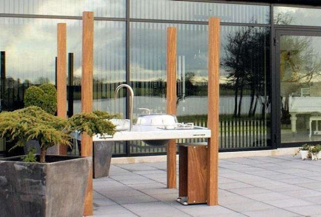 Thors Savra Island outdoor kitchen on a terrace