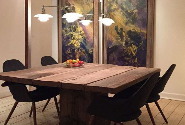 Thors Design Idun plank table with a rustic surface