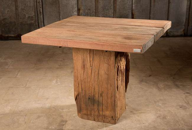 Thors Idun plank table with a rustic surface (small/medium)