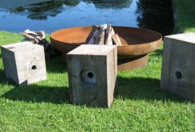 Thors Design fire pit and Cube chairs