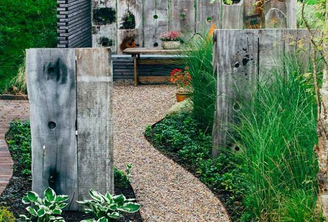 Thors Design rustic panels as a part of garden decoration