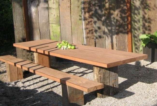 Gaia plank table with plank bench