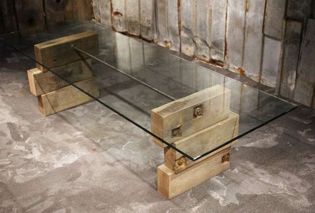 Thors Glass table with wooden leg and steel rod